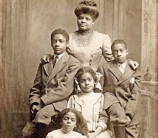 Ida_and_children